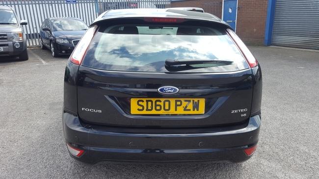 Ford Focus Zetec 1 6l 5dr 10 60 Manual Petrol Swinton Manchest